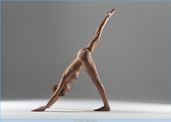 Naked yoga poses - erotic photo session 18+